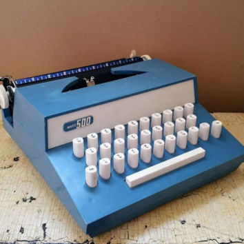 Vintage Marx 500 Toy Typewriter with Case