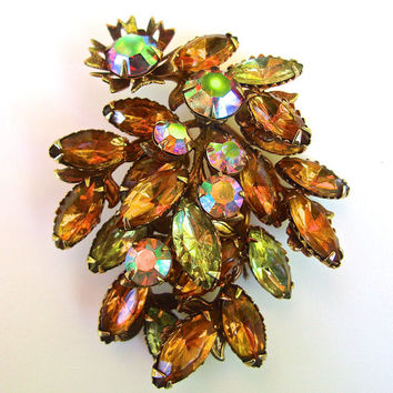 Rainbow Aurora Borealis Topaz Cluster Brooch, Rhinestones, Unsigned Judy Lee, Estate High End, Vintage