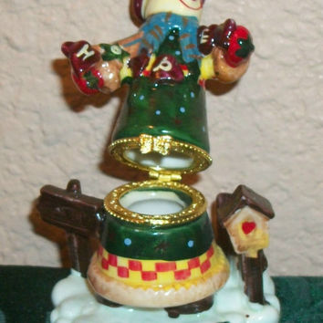 Snowman and Birdhouse Hand Painted Ceramic Trinket Box Ring Keeper Collectible Figurine Vintage Christmas Holiday Decoration