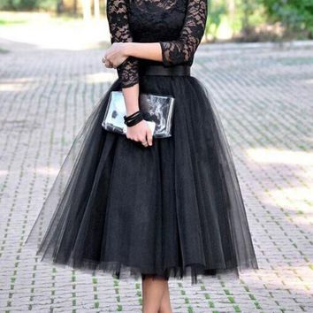 New Black Patchwork Lace Grenadine Draped Round Neck Three Quarter Length Sleeve Elegant Midi Dress