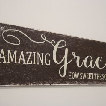 Amazing Grace Wood Sign Distressed Wood Religious Christian Wall Art Wallhanging Wall Decor Vintage Look Primitive Wood Handmade Handpainted