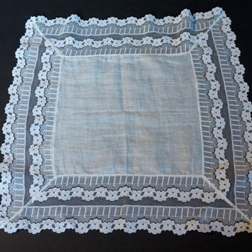 Vintage Wedding Hanky, Lace Handkerchief, White Hanky, Bridal Hanky, Vintage Linens, Vintage Lace Hanky, Vintage Accessories, Something Old