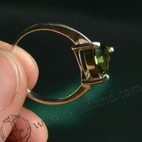 TRIANGULAR, SILVER RING WITH MOLDAVITE, Ag 925