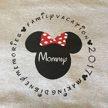 Disney Family Vacation 2017 T-Shirt // Name Personalized // Disney Group // Family // Disneyland // Disney World //