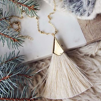 The Tassel Necklace in Cream