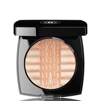CHANEL PLISSÉ LUMIÈRE DE CHANEL ILLUMINATING POWDER