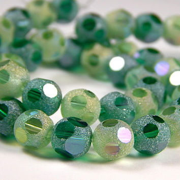7-3/4 Inch Strand - 8mm Round Green Mix Frosted Window Cut Glass Beads - Glass Beads - Jewelry Supplies