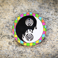 Yin Yang Pretty Lights Basssnectar - HAT PIN