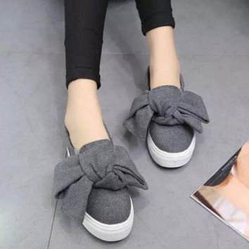 AREQW - Oversized Bowknot Fashion Slip On Canvas Sneaker Flat*