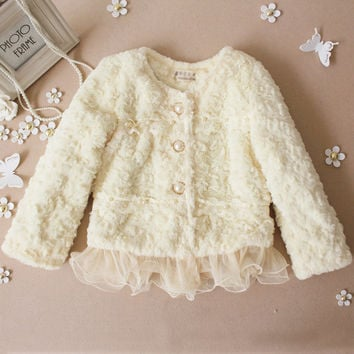 Free shipping brand baby coat  Winter 2017 baby clothing Girls Korean explosion models pearl lace plush leather jacket grass