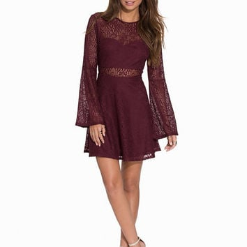 Fall In Lace Dress, NLY Trend