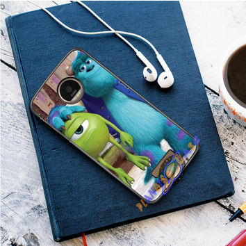 Monsters Inc sulley holding mike Motorola Moto Z case Planetscase.com