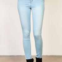BLEACHED RIO LOW RISE BOOTY JEGGING