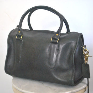 Large COACH Black Purse / speedy doctor bag