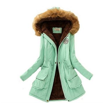 2017 Womens Winter Parkas Coat Jackets Women Thicken Warm Winter Fur Collar Plus Size Parkas for Women Long Winter warm Parka