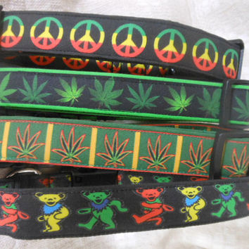 Dog Collar, Marijuana Leaves, Cannabis leaf, ganja. weed leaf, 420 collar, MJ, MaryJane, hippie dog collar, Rasta, Rastafarian,  adjustable