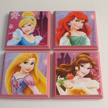 Disney Princesses Room Wall Plaques - Set of 4 Princess Girls Room Decor - Cinderella Rapunzel Belle Ariel the Little Mermaid