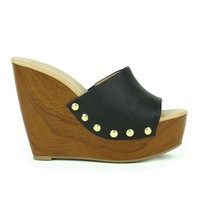 Mark and Maddux Asia-01 Slip-on Platform Wedge Sandal in Black @ ippolitan.com