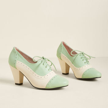 Plans to Dance Oxford Heel