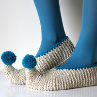 Wool Slippers with cute pom poms. Size - small US W 6 - 6.5 - 7,EU 36 / 37
