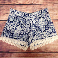 CATCH A WAVE SHORTS – LaRue Chic Boutique