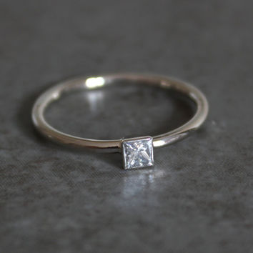Simple Engagement Ring - Princess Cut Diamond - 14k White Gold - Square Diamond