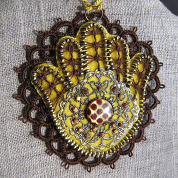 Hamsa  - zipper pendant. Zipper jewelry. Zipper embroidery necklace. Zippers and tatting creations. Handmade embroidered necklace.
