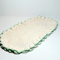 Crocheted Oval Doily with Mint Green Border Vintage Doily Shabby Cottage Country Farmhouse Retro