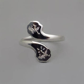 SIAM Sterling Silver RING Vintage Bypass Wrap Style Mekkala Goddess of Lightening, Nielloware Niello Womens Enamel Jewelry c.1940's