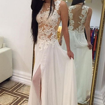 Sleeveless White Applique Prom Dresses