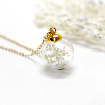 Glass Orb Necklace, Baby's Breath, Gypsohila, Natural Dried Flower Necklack