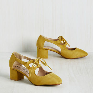 New Orleans Lease on Life Heel in Curry | Mod Retro Vintage Heels | ModCloth.com