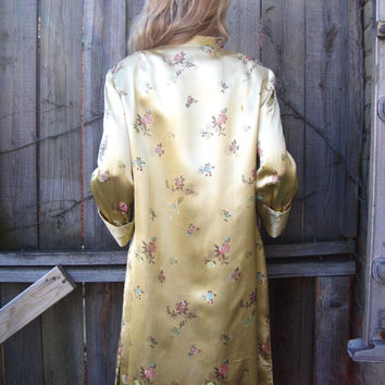 vintage 50s 60s yellow gold satin brocade embroidered jacket chinoiserie Chinese Asian duster lounge evening opera coat
