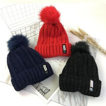 Winter Women B letter Cable Pattern Pompom Plus Windproof Knitted Hat Thick Warm Knitting Beanies Skullies Bonnet Homme Gorros