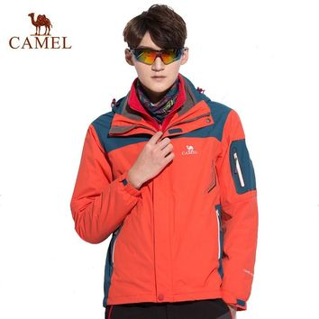 CAMEL Men's Winter 3 in 1 Outdoor Jackets Hooded Warm Waterproof Windproof Camping Hiking Climbing Male Jacket