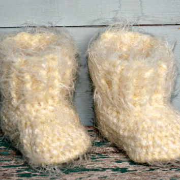 Lemon yellow fluffy baby crochet booties snuggly boots 1 -3 months pram crib shoes handmade baby shower gifts Christmas gift