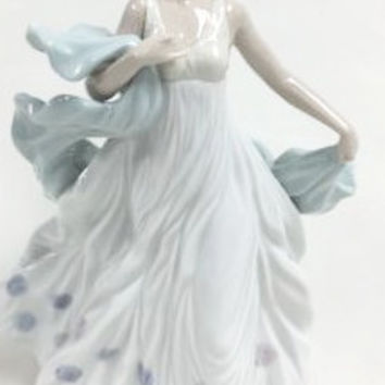 LLADRO SPANISH FIGURINE GIRL WOMAN SUMMER SERENADE  01006193