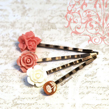 Boho Garden Bobby Pins. Bohemian Hair Accessories. Floral Hair Slides. Ivory and Coral Resin