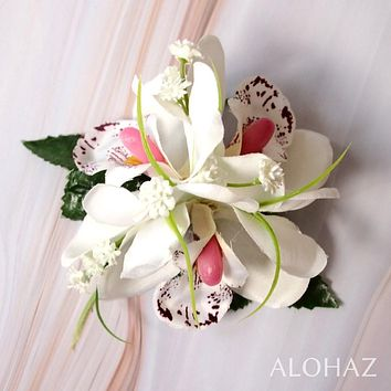 White Orchid Wonder Hawaiian Flower Hair Clip