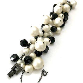 Chunky Black & White Cha-Cha Bracelet Faceted Black Glass Beads Mixed Sizes Faux Pearls, Gunmetal Setting Fun to Wear Vintage Gift for Her