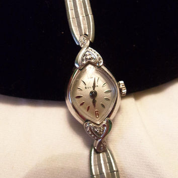 Bulova Vintage 23 Jewels 10k Rolled White Gold Plate Wind Up Ladies Wristwatch Working