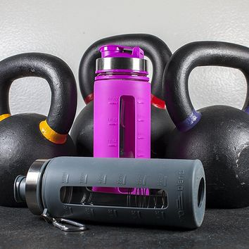 Pro Blend Glass Protein Shaker and Water Bottle 4mm Thick Glass BPA Free Blender Included with Carabiner Leak Proof Lid with Silicone Sleeve. only color grey