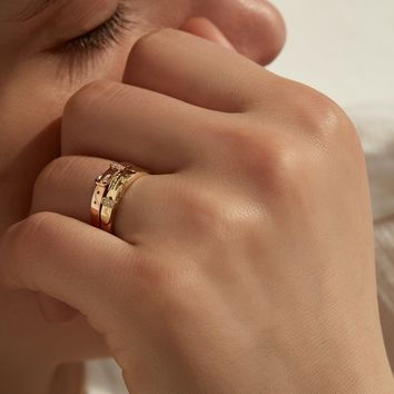 Tiny Buckle Ring with Diamonds