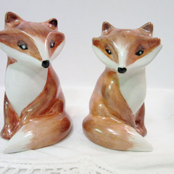 Fox Salt and Pepper Shakers Porcelain Ceramic Pottery, Woodland Design, Hand Painted