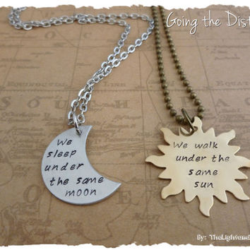 Couples Long Distance Relationship Necklace Set - Under the same Sun / Moon