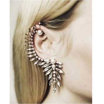 Beady Full Ear Soaring Scorpion Ear Cuff (1 Piece)