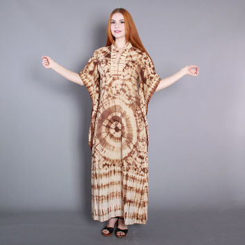 70s BATIK CAFTAN DRESS / 1970s Pointed Sleeve Ethnic Tie Dye Cotton Maxi