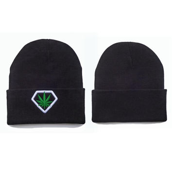 Weed Diamond Beanie Womens & Mens Warm Winter Knitted Black Cuffed Skully Hat