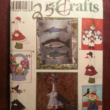Uncut 1993 McCall's Sewing Pattern, 9019! Lawn Geese Clothing/Doll Clothes/Seasonal Hanging Flags/Home Decor/Holiday Decor/Outdoor Decor