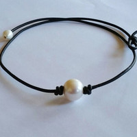 Pearl and Leather Necklace Choker + Gift Box